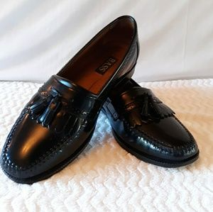 BASS Mens Black Loafers-10 1/2 D